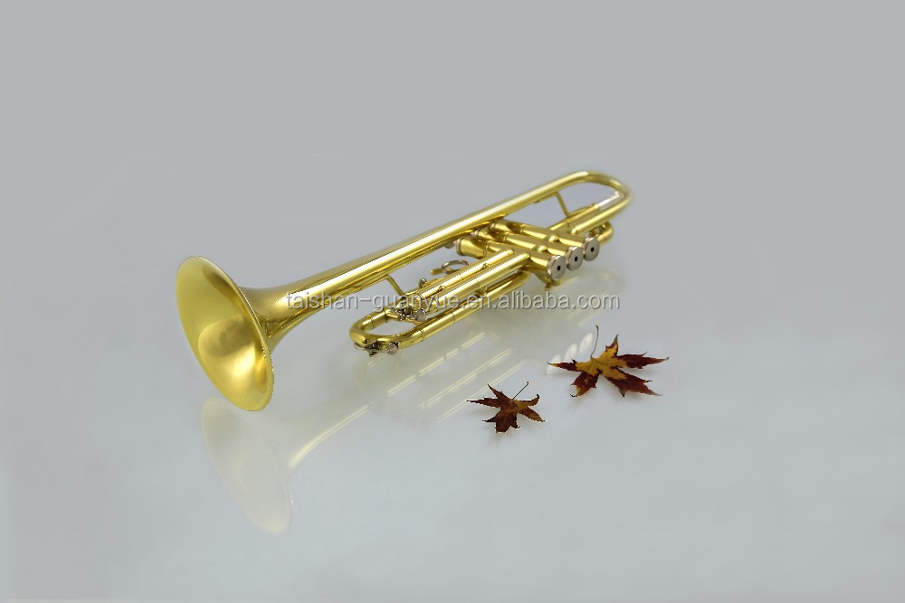 2016 High quality gold lacquer trumpet in china TSTR-801