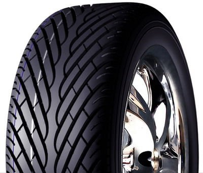 Durun UHP PCR Tire 235/45ZR17
