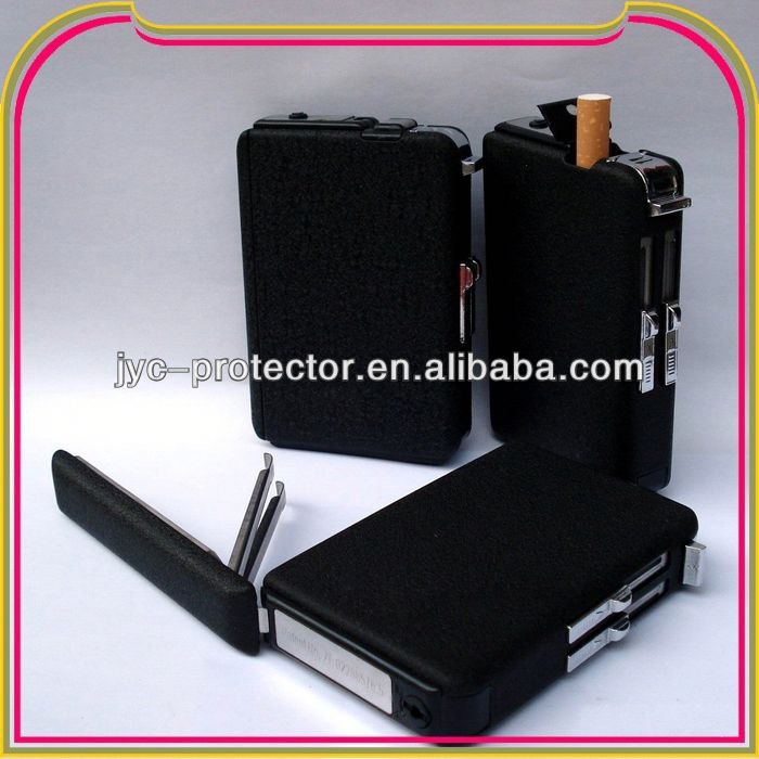 C149 lighting cigarette case with built-in lighter