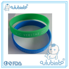 Silicone rubber wrist band with supplementary sports theme wide Bracelet