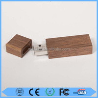 Free sample corporate gift wooden usb flash drive
