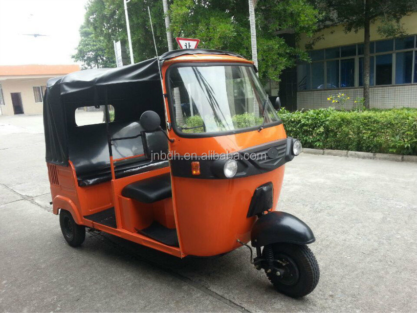 2015 New Design Gasoline Three Wheele motorcycle Taxi/bajaj three wheeler auto rickshaw/bajaj passenger three wheel scooter