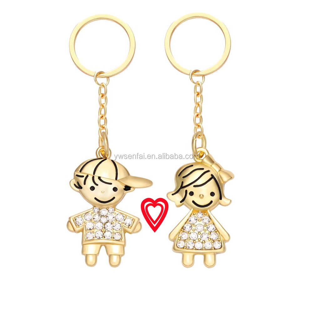 Hot Sale Factory Custom Gold Color Plated Clear Crystal Boy And Girl Kissing Magnetic Couple Key Chain
