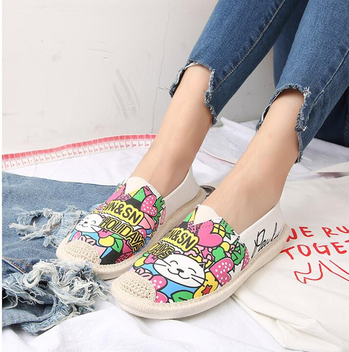 Customized new style canvas shoes printing women canvas slip on shoes