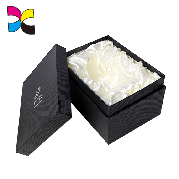 Guangzhou factory good team service customized normal size wholesale bangle box