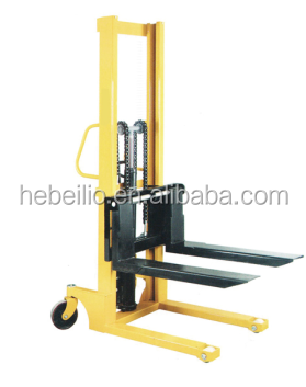 cheap hand manual forklift pallet stacker with adjustabl fork and foot brake