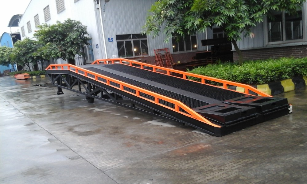10 ton Manual steel loading container ramp Mobile yard ramp