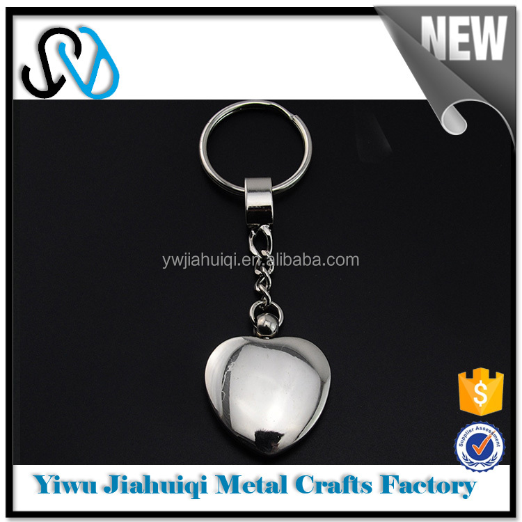 Heart of chain emoji metal custom keychain best sales products in alibaba