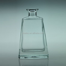 FAVORABLR PRICE 500ML COMMON FLINT LIQUOR CLEAR GLASS BOTTLE