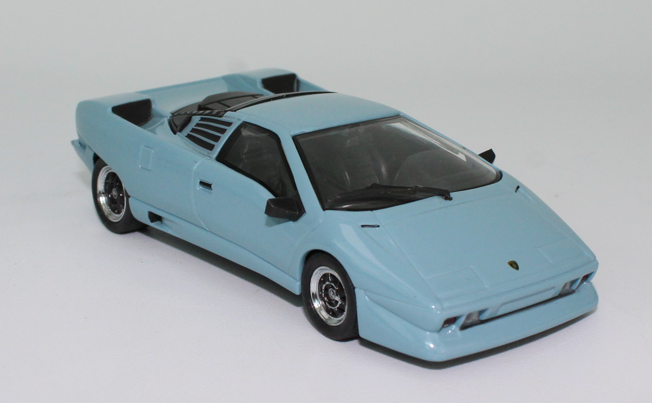 Top Quality model cars 1:43 Lamborghini P132