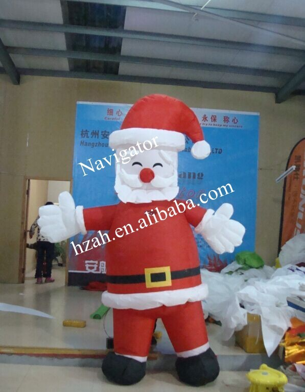 Outdoor Inflatable Christmas Father Decor