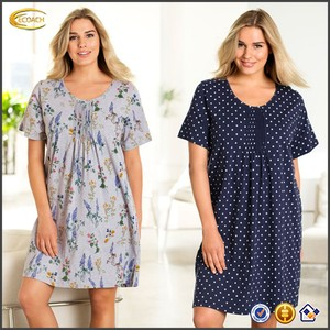 Ecoach Wholesale OEM Women's O-Neck Pintuck At The Centre Front And Back Plus Size Printed Soft Cotton Nightdress