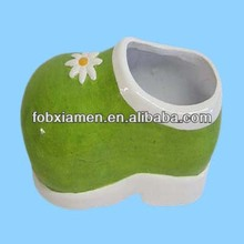 Green Decorative Mini Ceramic Baby Shoes