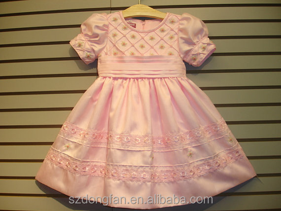 New boutique design hand beaded embroidered dress elegant girl pink smocked dress spring summer dress