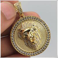 14k yellow gold lion head diamond circle pendant