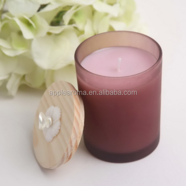 Wholesale Fashion White Scented Soy Wax Candle In Glass Jar with Wooden Lid