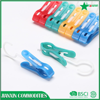 new products custom plastic haning clips/pegs