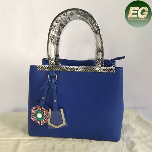 Popular PU snake skin handbag factory price ladies's tote bags with flower accessory SY8011
