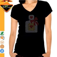 Decorated With Rhinestone Motif Slim Fit Women T Shirt