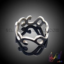 Fancy screwy stainless rings jewelry unique design for girls south Korea hot sell rings