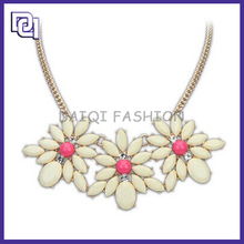 Newest Design Fashion Necklace,Bohemian Style Best Friends Flower Shape Pendant Necklace fashion jewelry