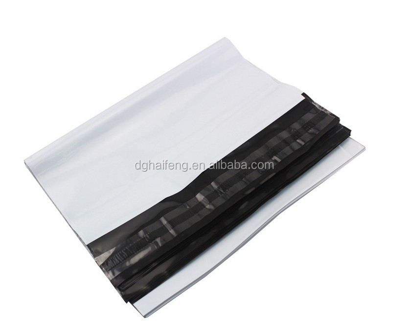 Custom mailing bags, black and white Co-extrusion materials