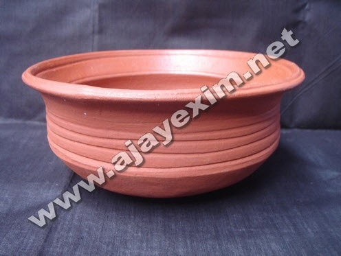 Terracotta Fish Curry Pot