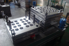 mold factory provide cheap plastic injection mould and molding service