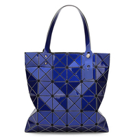 Wholesale cheap fashion blue foldable geometric tote bag for women