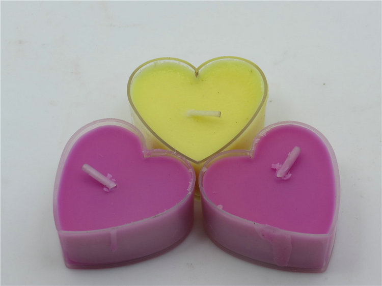 Specializing in the production of white pressed heart shape tealight candle