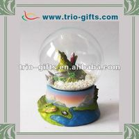 Decorative crocodile resin glass water globe