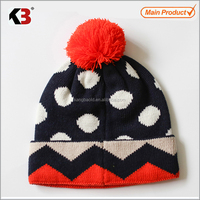 2017 Acrylic children knit cuffed beanie/Winter custom designed jacquard knit pompom hat
