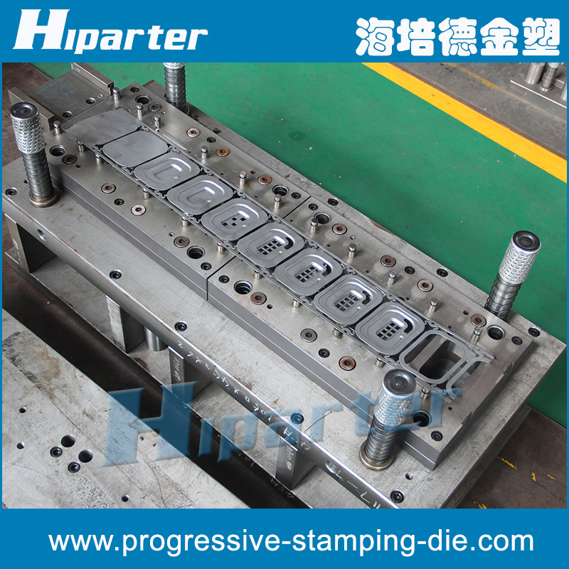 Hot sales automobile progressive stamping die , progressive die for car part China professional manufacture