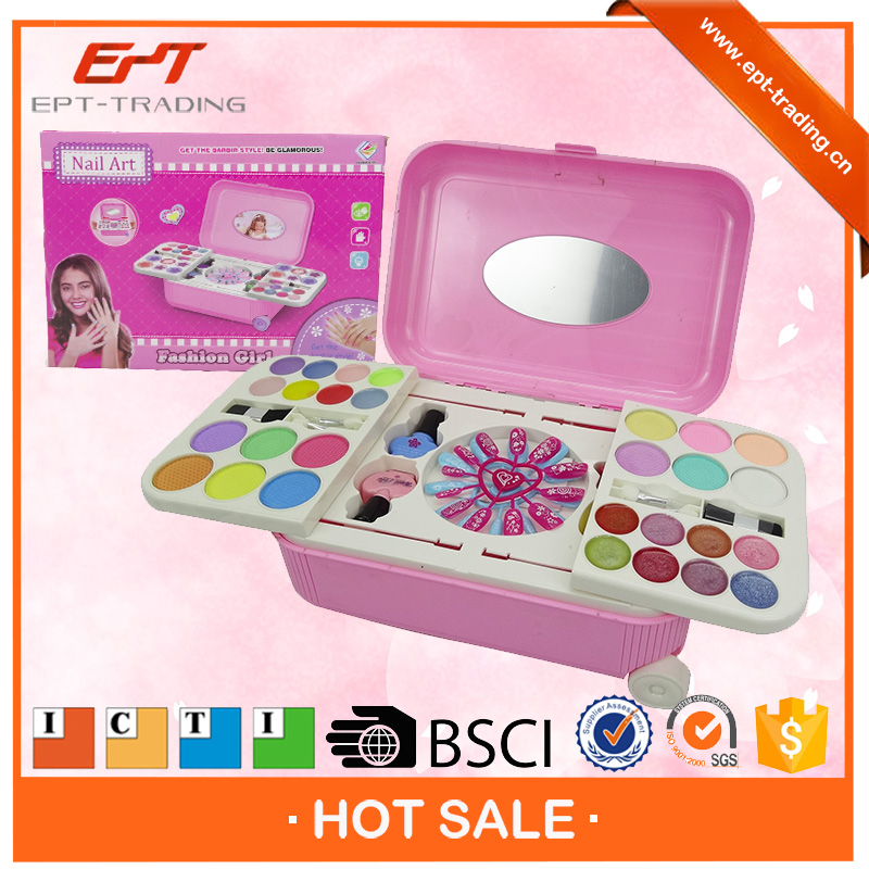 Top quality kids play nail art makeup sets plastic toy makeup set for sale