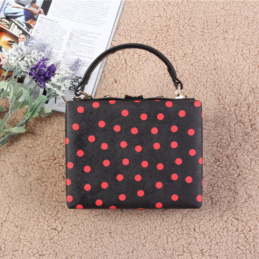 Wholesale Cheap PU Purse Messenger Bags Clutch Bag With Red Dot