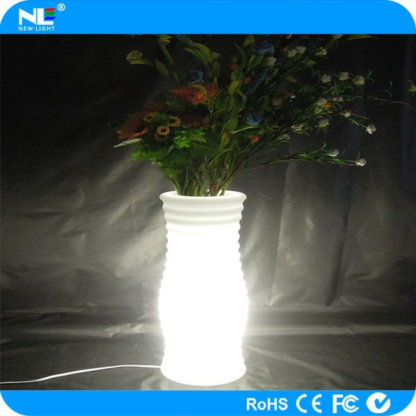 Waterproof single led plastic light up helical flower pot / rechargeable clear LED flower vase light