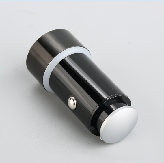 High performance at low cost aluminium premium charger alloy charger quick car charger