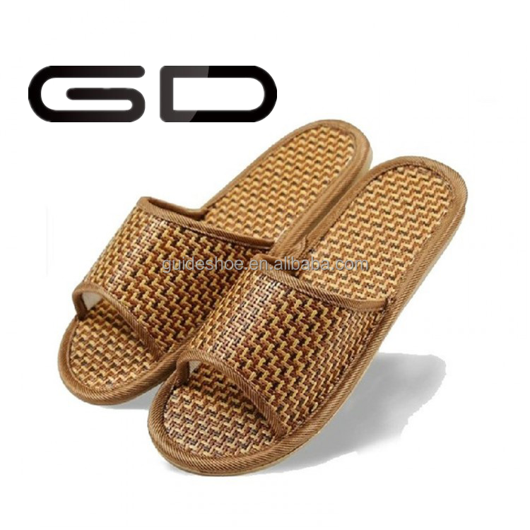 made in China high quality popular indoor slipper