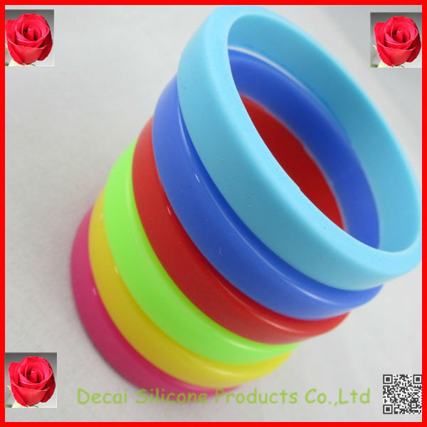 Welcome sample and trial ordering wristbands,magnetic bracelet rubber,antique brooch wristbands