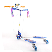 Alibaba china manufacturer hot sale cheap price V type pedal kick scooter age 10 up for kids