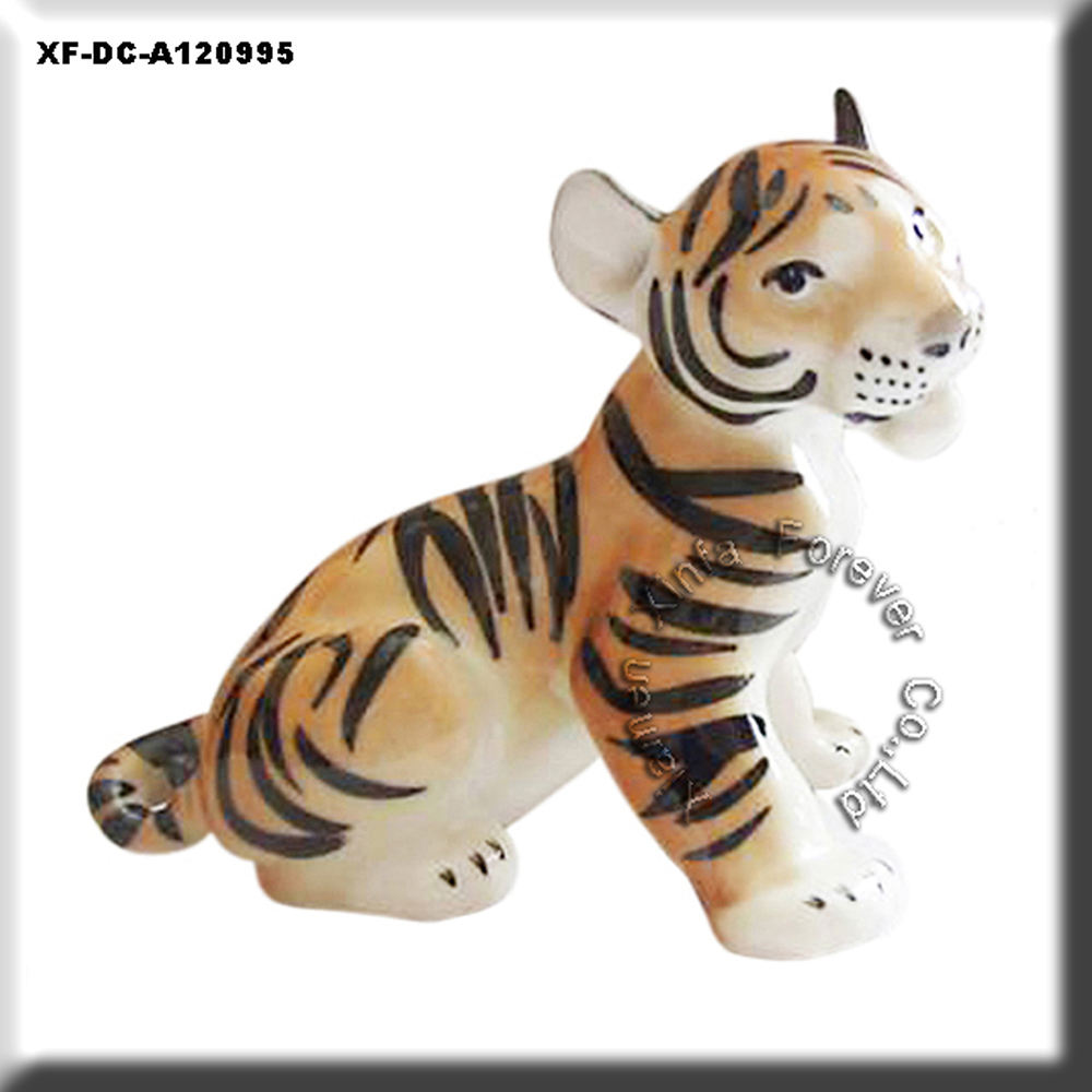 unglazed hobby potterys tiger sculpture