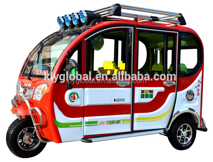 Closed body bajaj three wheeler electric auto rickshaw