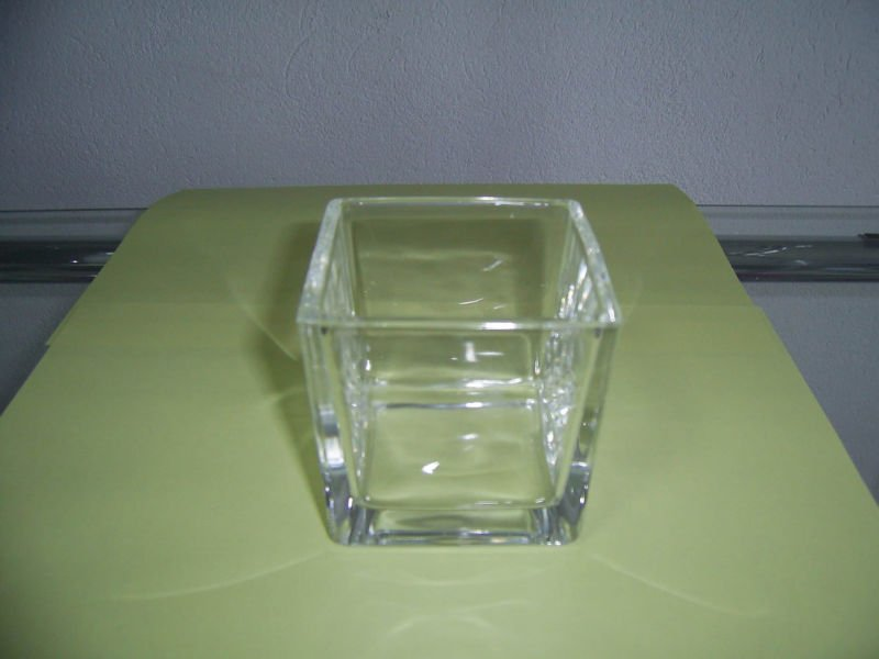 glass container for candles production