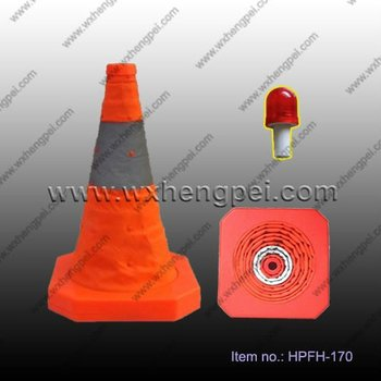 collapsible traffic cone with PP base and LED light