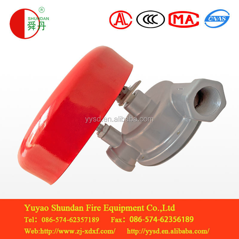 wet alarm valve and fire fighting equipment in fire alarm system