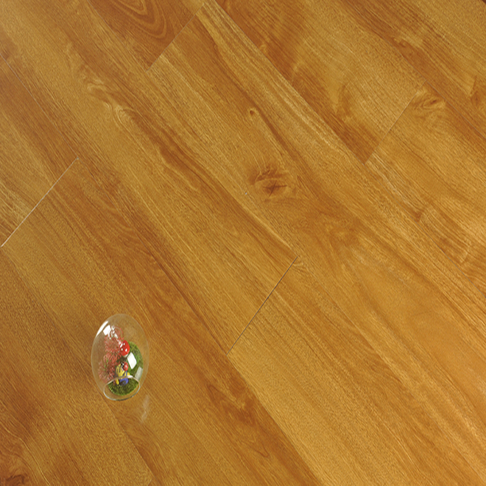 Water Resistant Laminated Wood Flooring