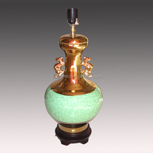 Jingdezhen ceramic craft ceramic hollow out lamp handmade ceramic lamp with the wooden base