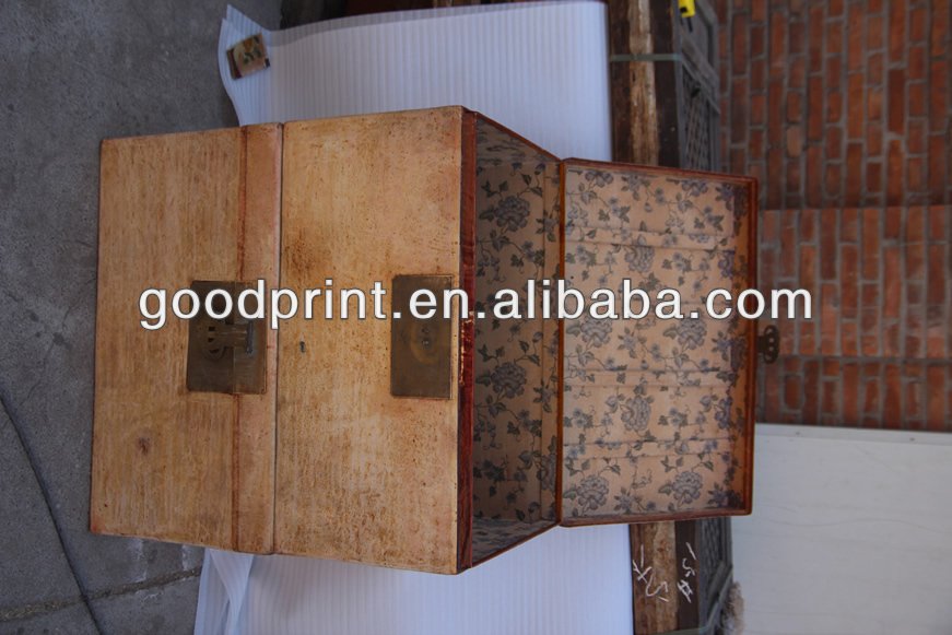 chinese antique white box