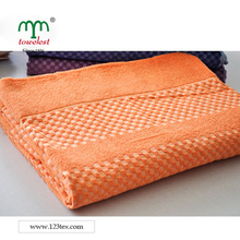 China Manufacturer Best Selling New Design 100% Cotton Blanket Terry Thicken Throw Bedding Sheets