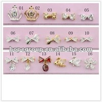 Diamond nail art /DIY Glitters Slices of metal nail art/ Design 3D Silver Pearl Rhinestone nail sticker